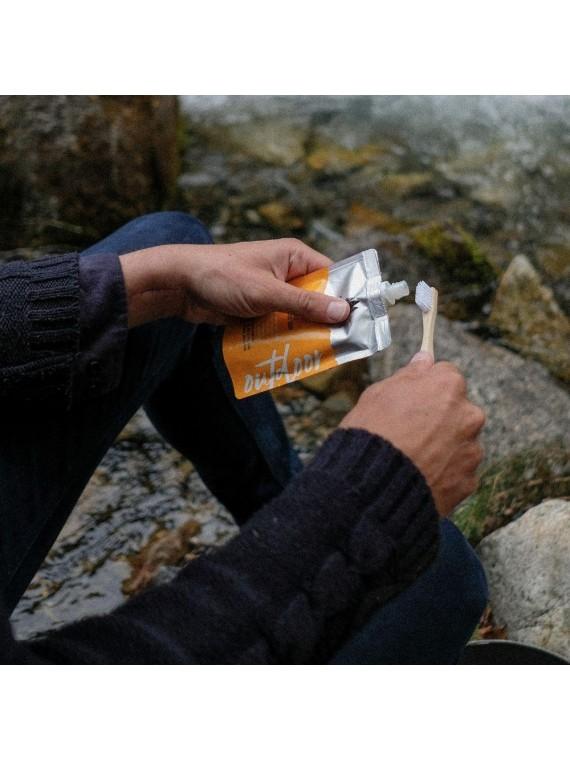 Savon outdoor multi-usage dentifrice